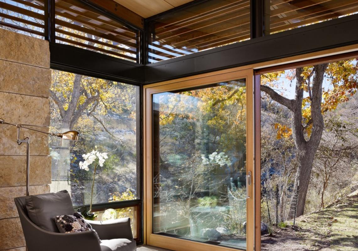 Dover Wood: window and door systems in different species of wood with a wide range of finishes.