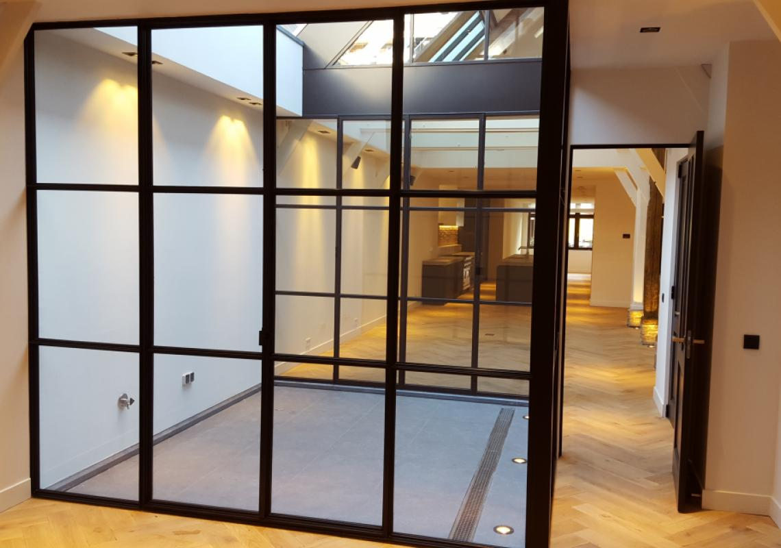 "MHB SL-30: thin-frame steel profiles, with 1 1/8"" sightlines for interior doors and partitions."